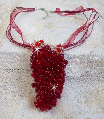 Collier pendentif Tendre Rouge avec des gouttes en verre