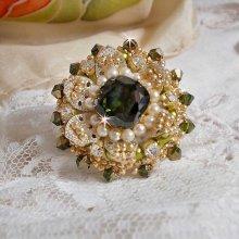 Bague L'Oiseau des Iles Vert Argent, perles, cristal de Swarovski et rocailles