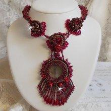 Collier Rubby One brodé  avec des cristaux de Swarovski