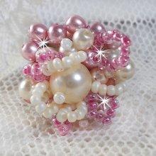 """Bague en perles """"Détente"""" avec ces perles nacrées"""