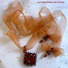 Pendentif Camel véritable perles en cristal