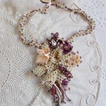 Collier Les Floralies avec des  rocailles Miyuki, verre et perles de gemme.