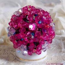 """Bague cristal """"Hibiscus"""" couleur framboise ces perles"""