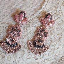 BO Pampilles Rose et Gris avec des cristaux des Swarovski