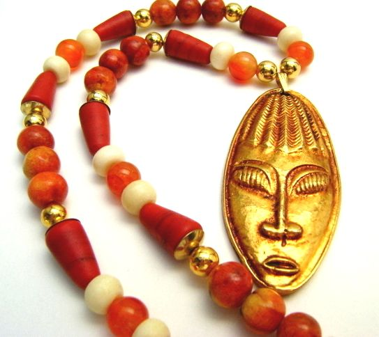 Collier artisanal corail rouge